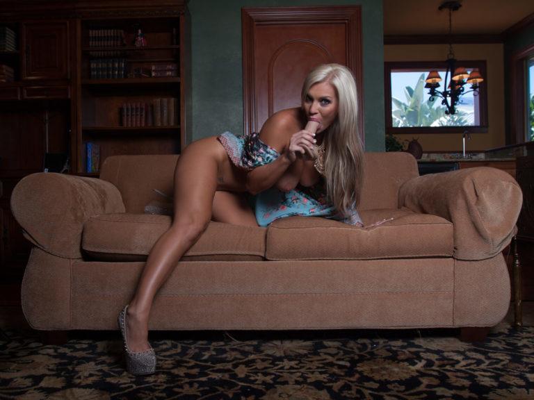 Savannah Lace & Magic Mike VR Porn